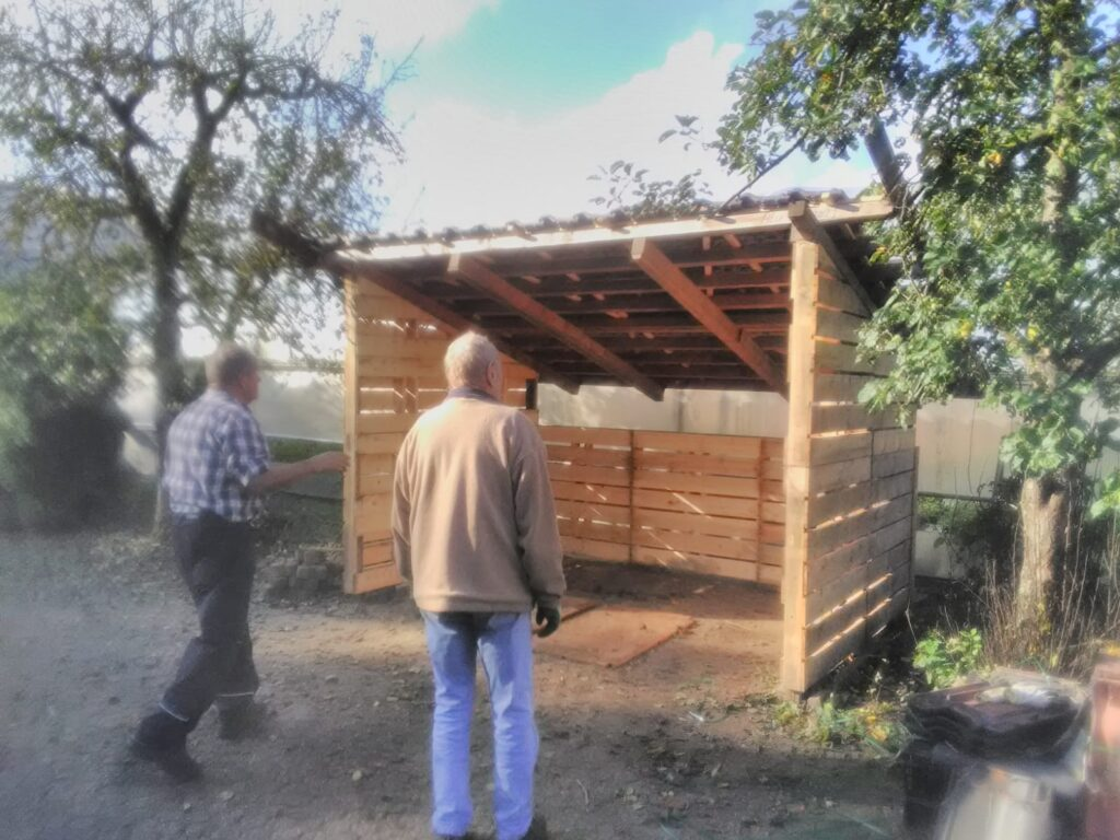 Dagbesteding | fietsenstalling bouwen| Aaldering de Stek